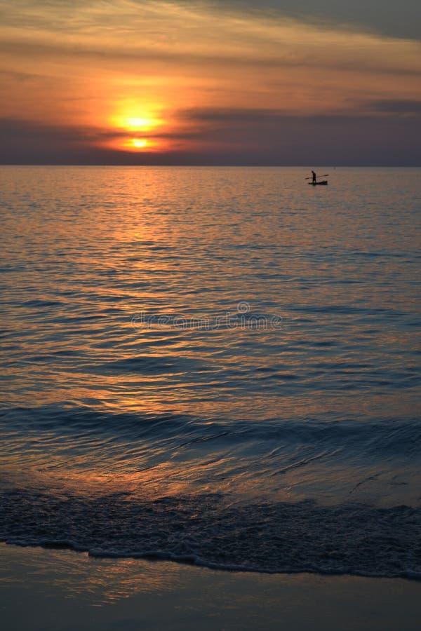 Zmierzch na morzu zdjęcie royalty free
