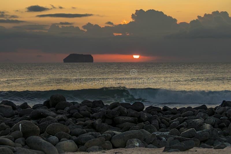Zmierzch na Północnej Seymour wyspie, Galapagos fotografia royalty free