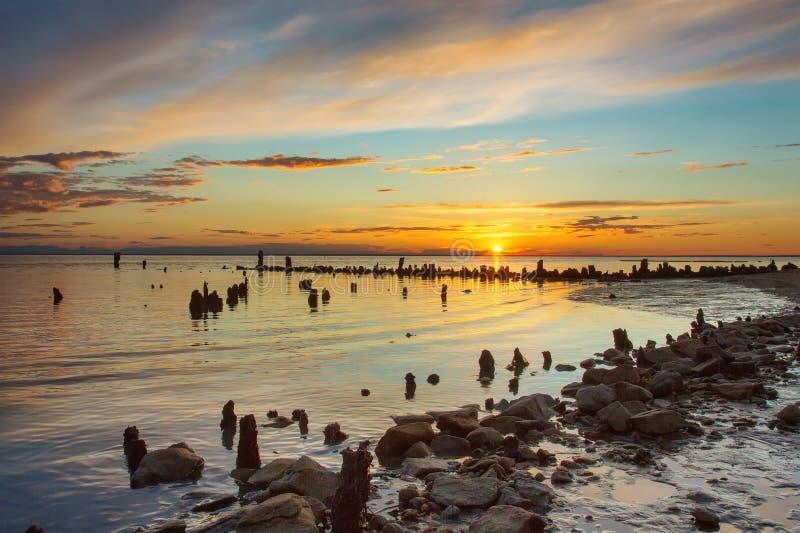 Zmierzch na słonym jeziorze Elton fotografia royalty free