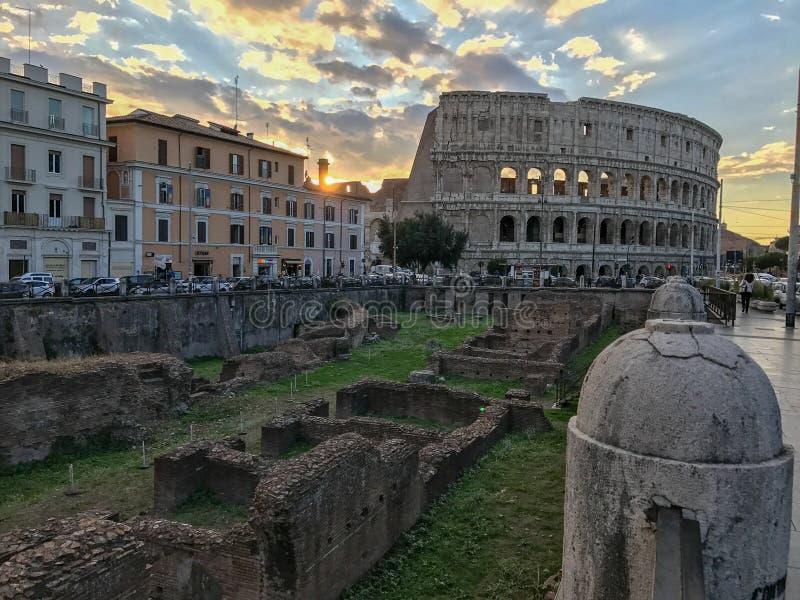 Zmierzch nad Colosseum, Rzym, Włochy obraz royalty free