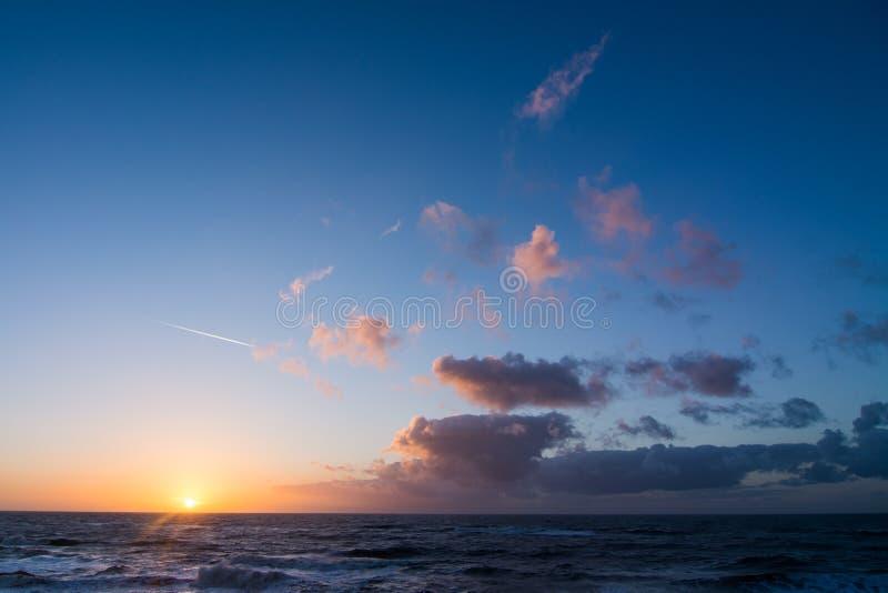 Zmierzch nad holender plaża zdjęcia stock