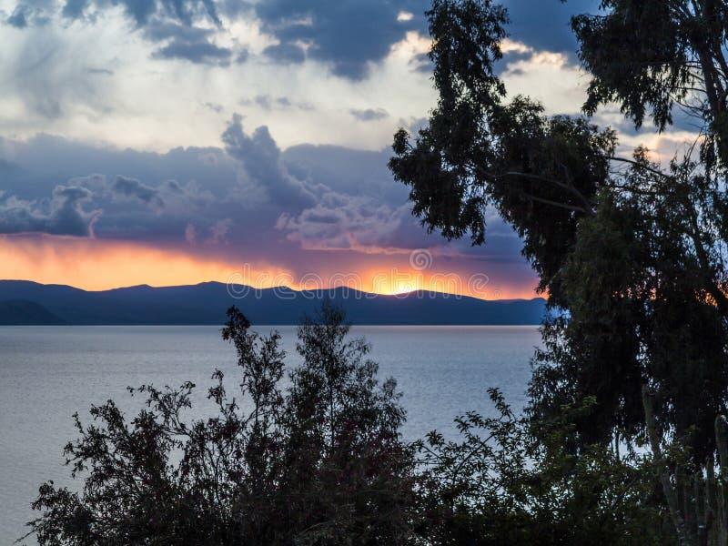 Zmierzch nad Jeziornym Titicaca zdjęcie royalty free