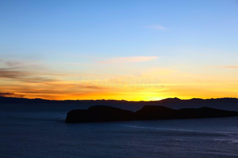 Zmierzch Nad Jeziornym Titicaca w Boliwia fotografia stock