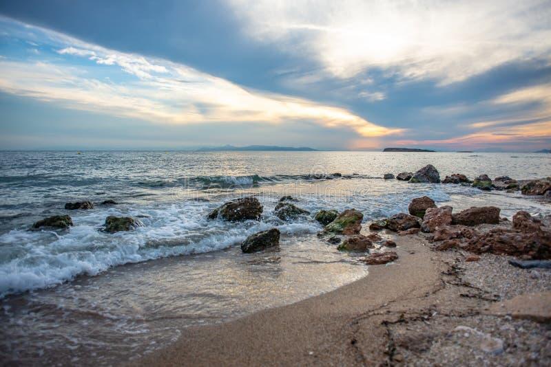 Zmierzch nad morzem w Grecja fotografia royalty free