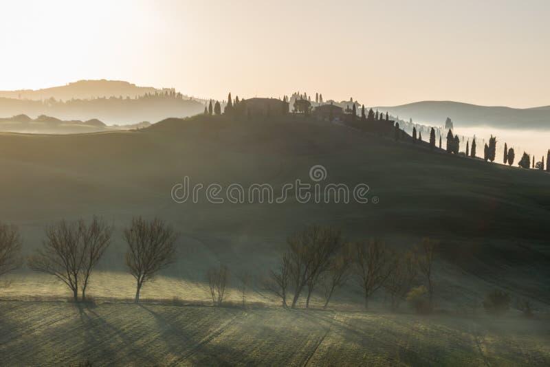 Zmierzch nad pola w Tuscany zdjęcia stock