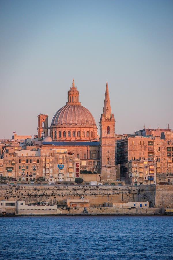 Zmierzch nad Valletta linią horyzontu, Malta fotografia royalty free
