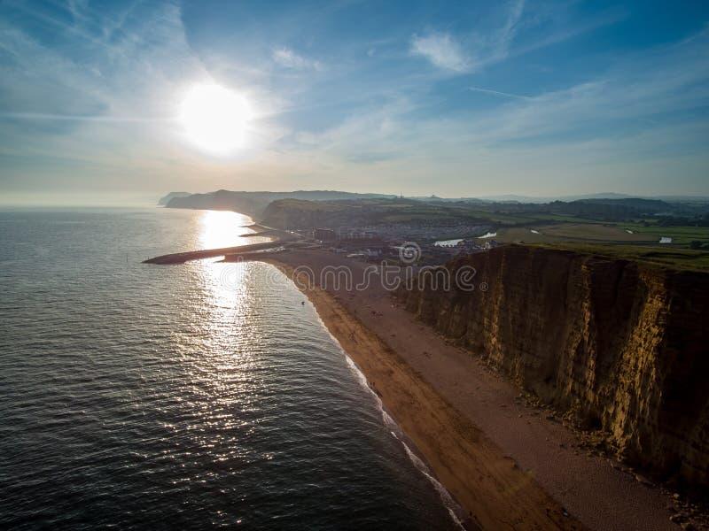 Zmierzch nad zachód zatoką, Dorset zdjęcia royalty free