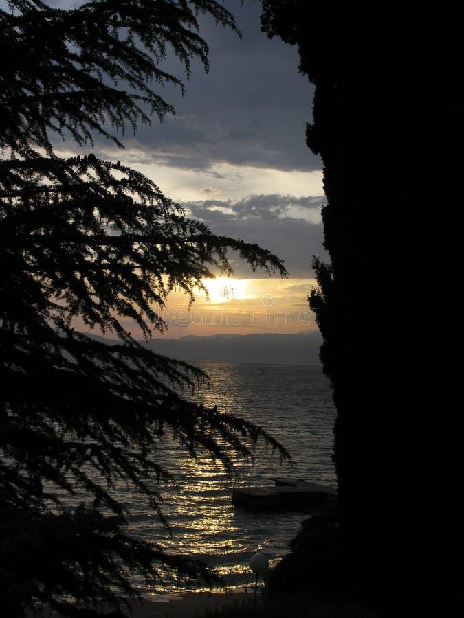 Zmierzch przy jeziornym Ohrid, Macedonia obrazy royalty free