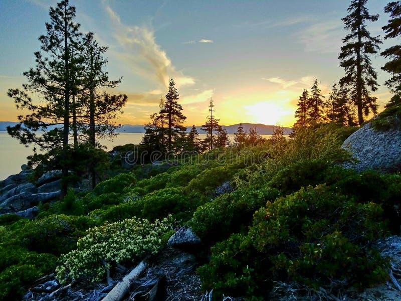 Zmierzch przy Jeziornym Tahoe zdjęcie stock
