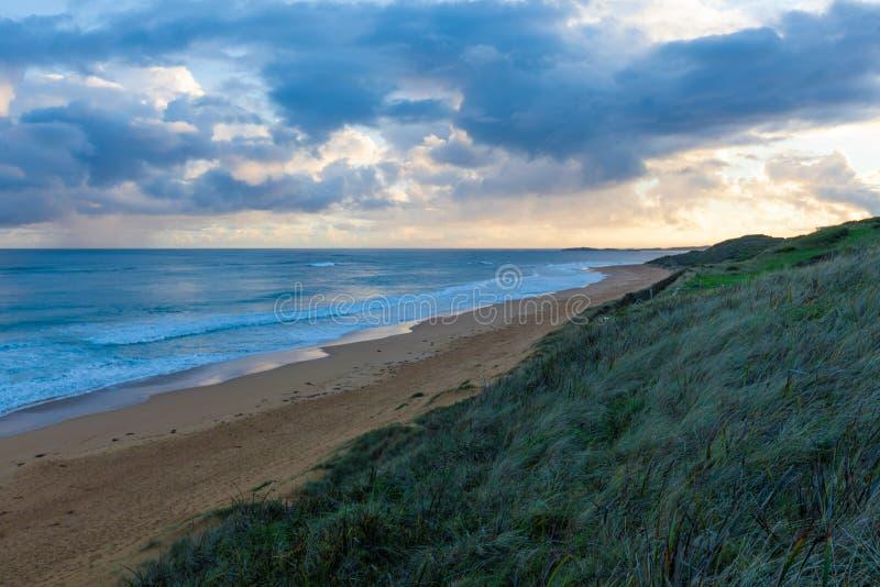 Zmierzch przy Logans plażą, Warnambool fotografia stock