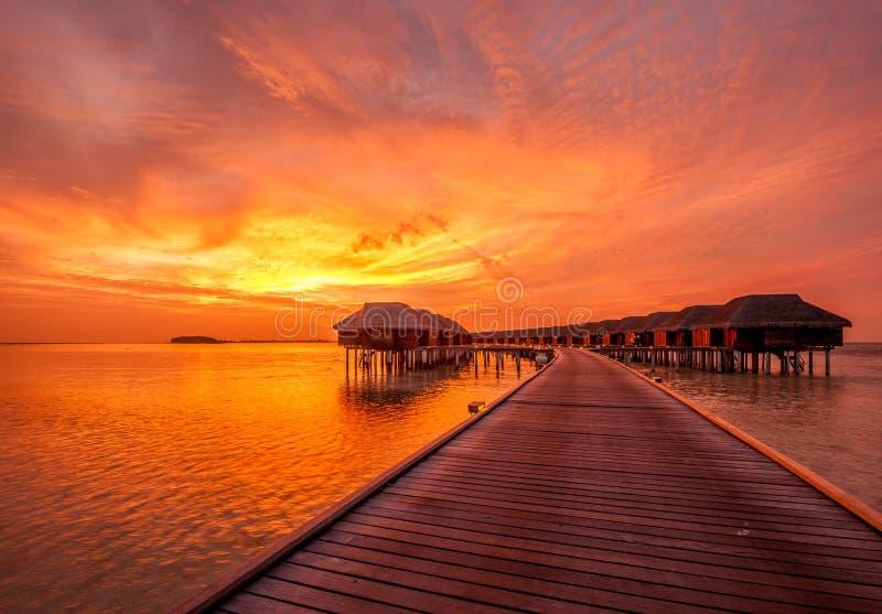 Zmierzch przy Maldivian plażą fotografia stock