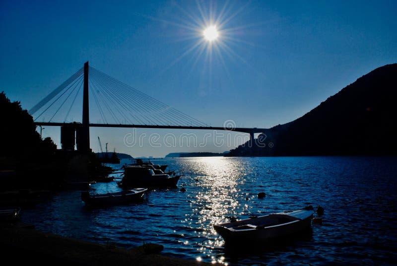 Zmierzch w Dubrovnik moście, Chorwacja, obrazy stock