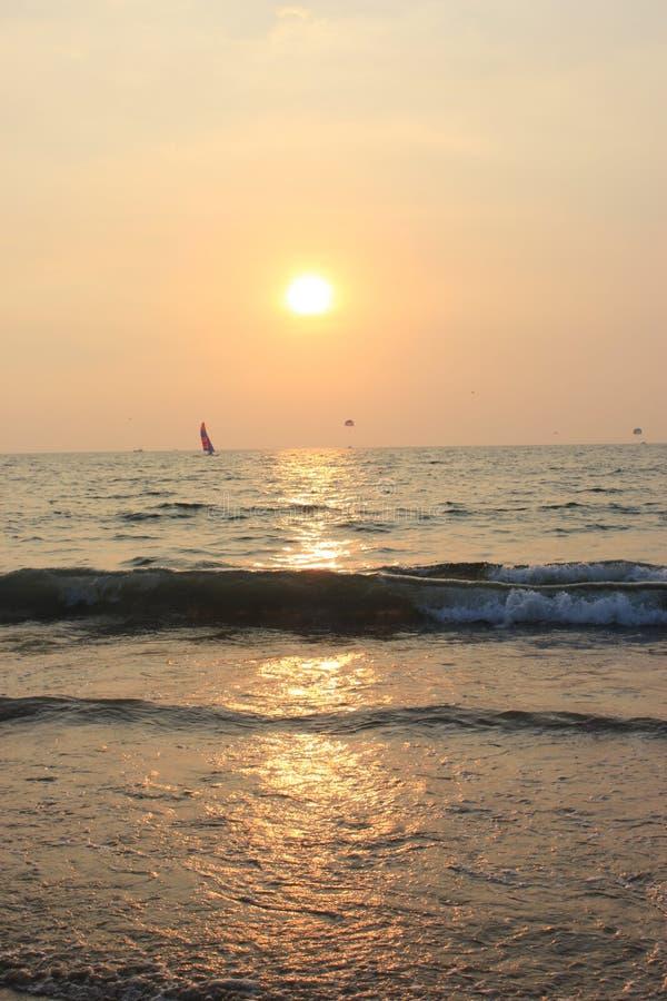 Zmierzch w Goa, ocean indyjski fotografia royalty free
