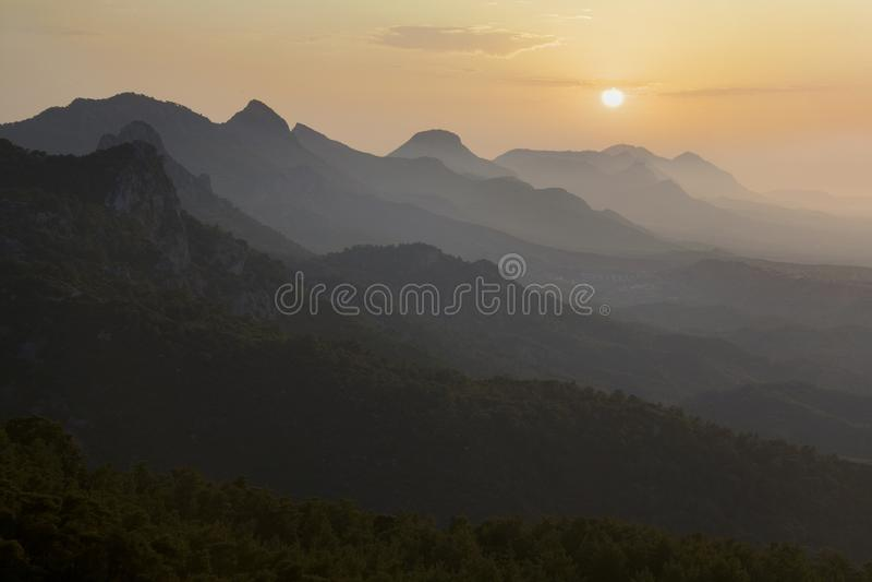 Zmierzch w Kyrenia pasmie górskim - Północny Cypr zdjęcia royalty free