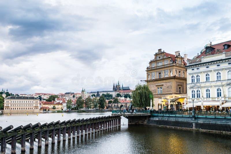 Zmierzch w Praga, republika czech obrazy royalty free