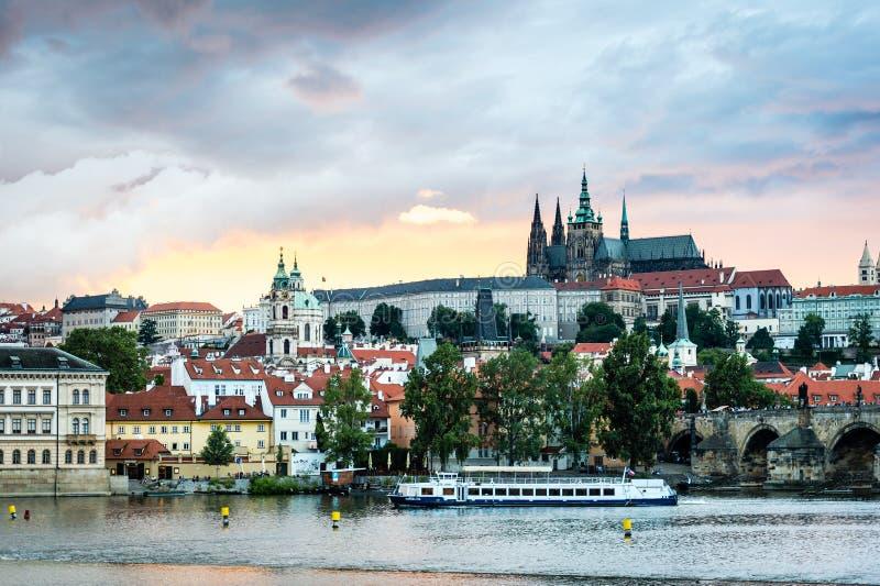 Zmierzch w Praga, republika czech obraz royalty free