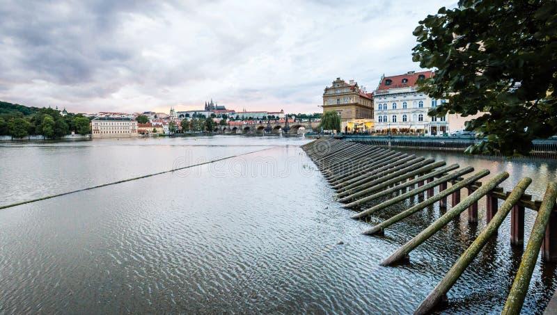 Zmierzch w Praga, republika czech zdjęcia stock