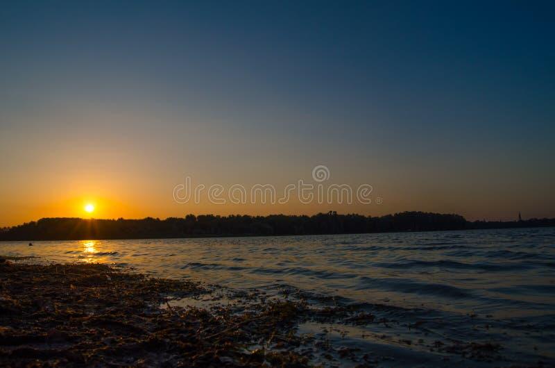Zmierzchu Jezioro zdjęcie royalty free