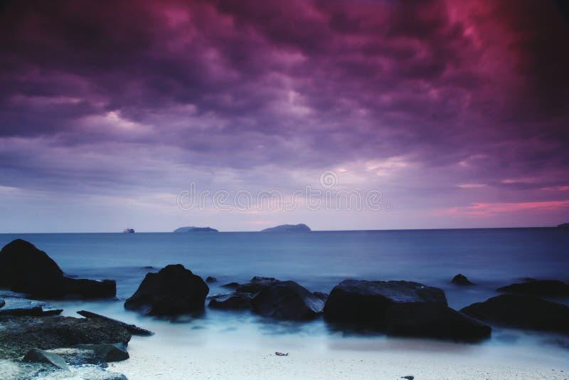 zmierzchu na plaży zdjęcie royalty free