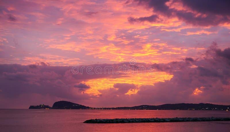 Zmierzchu niebo w Gaeta fotografia royalty free