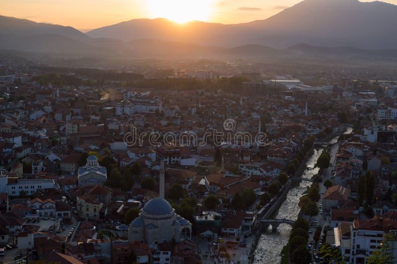 Zmierzchu widok od Prizren fortecy, Kosowo obrazy stock