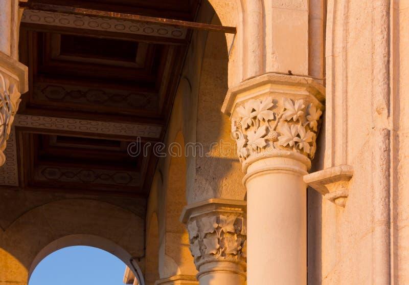 Zmierzchu widok Zewnętrzny szczegół Miramare kasztel w Trieste zdjęcie royalty free