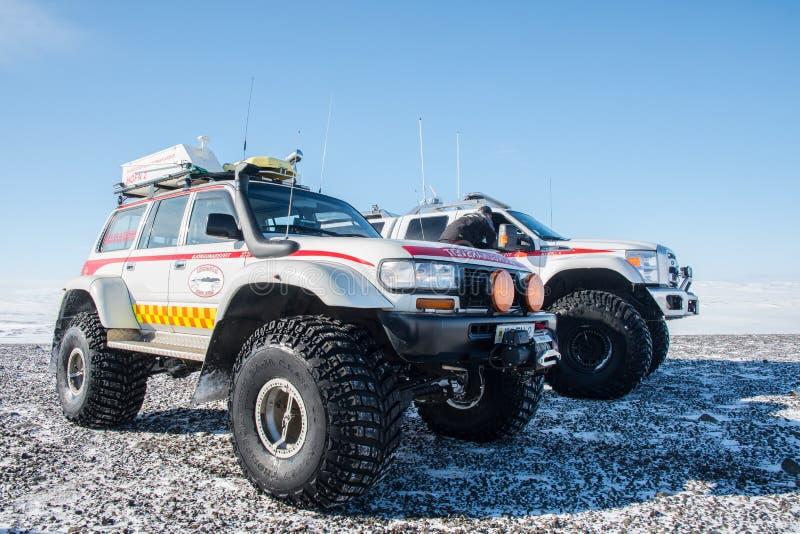 Zmodyfikowane 4x4 ratuneku ciężarówki od Iceland Szukają i Ratują zdjęcie stock