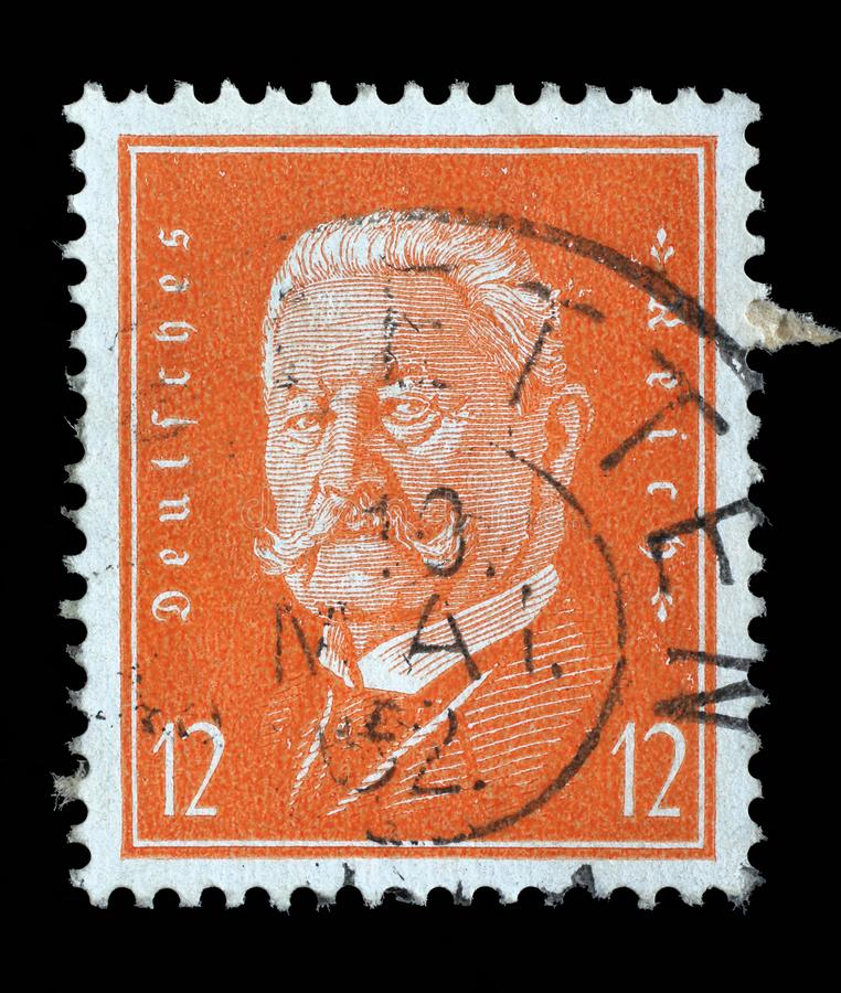 Znaczek drukujący w Niemieckiej rzeszie pokazuje Paul Von Hindenburg obraz royalty free