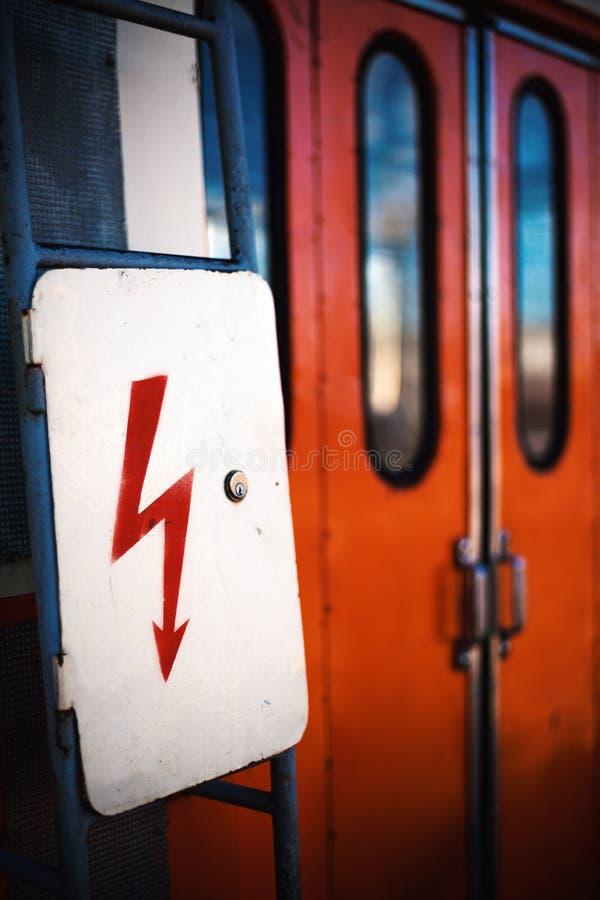 Znak dla Electric Power na lokomotywie obraz royalty free