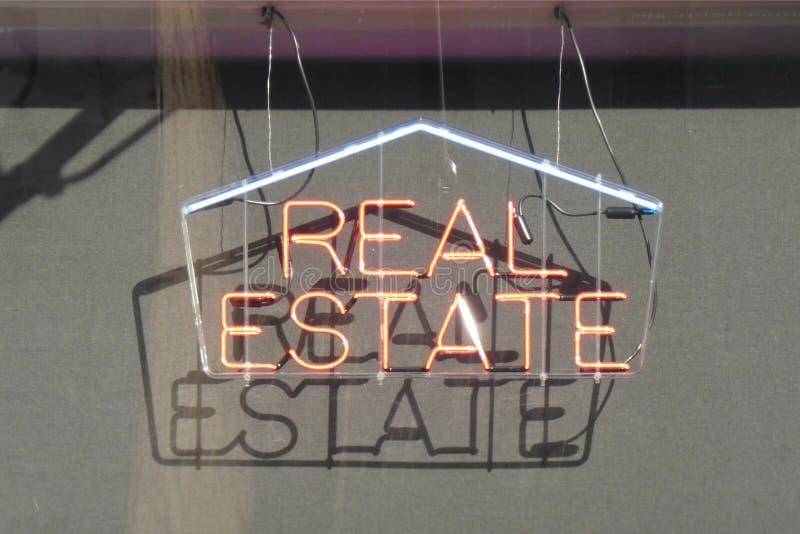 znak grafiki komputerowy projekta nieruchomości reala znak obrazy stock