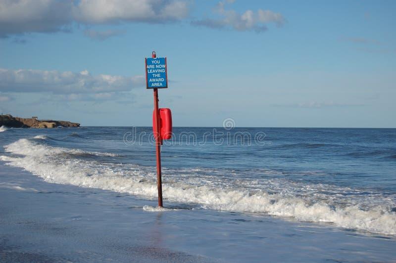 Znak przy morzem zdjęcie stock