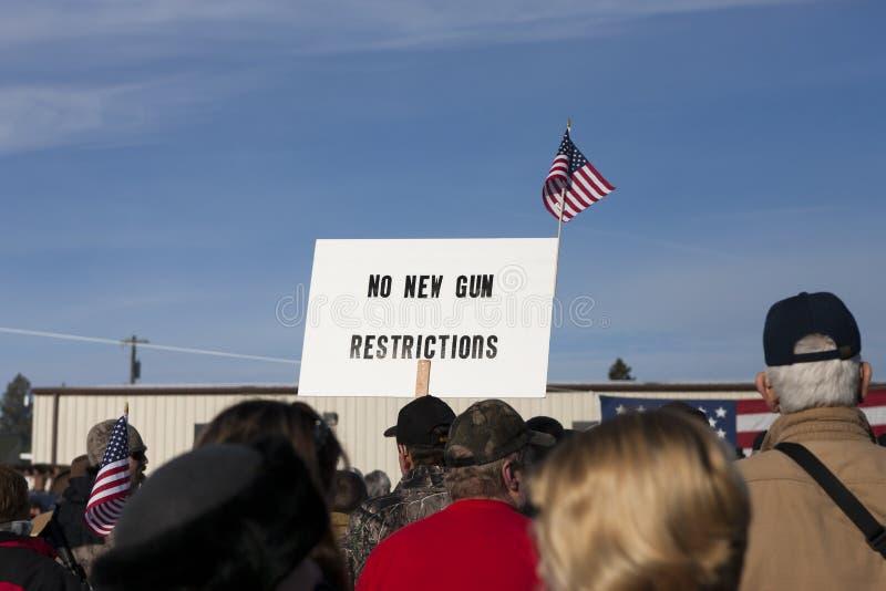 Znak przy pro 2nd poprawka wiecem. zdjęcie royalty free