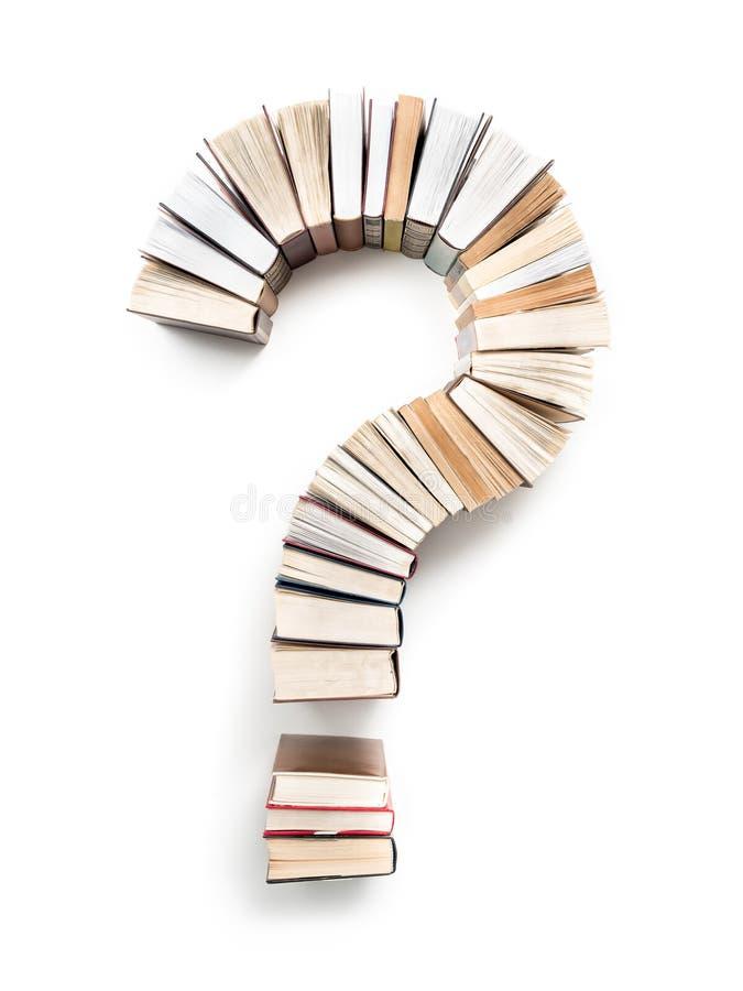 Znak Zapytania układający od książek obraz royalty free