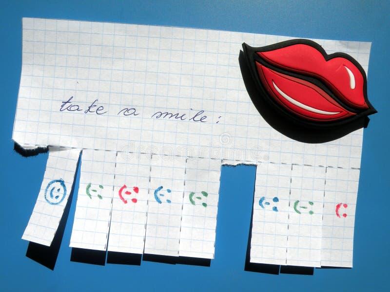 znaka papierowy uśmiech obrazy stock