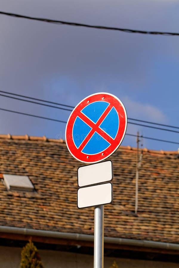 Download Znaki na drodze ilustracji. Ilustracja złożonej z wyznaczający - 41953530