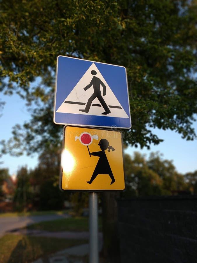Znaki na drodze zdjęcie royalty free