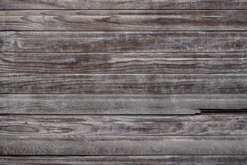 Znakomity antyk wietrzał drewnianego jalousie z perfect pogodą obraz stock
