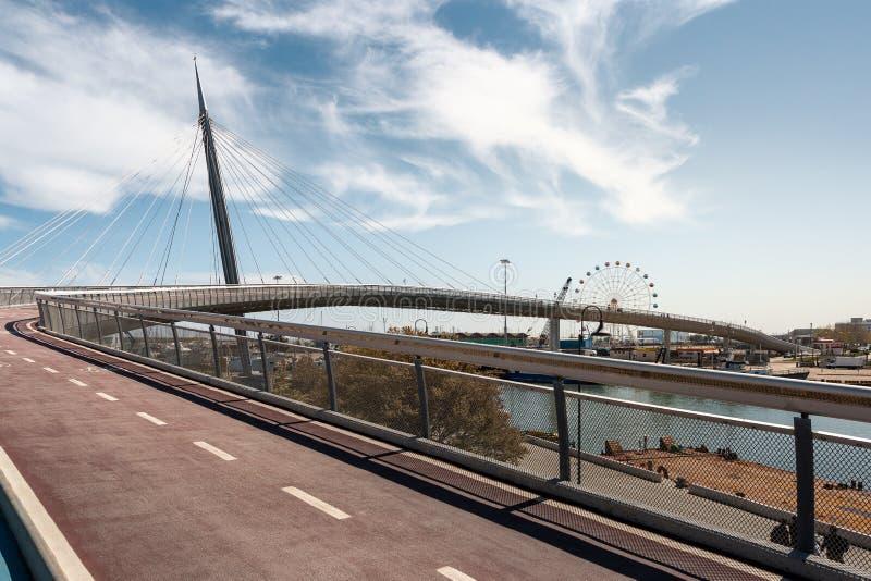 Znakomity most w Pescara, Włochy fotografia royalty free