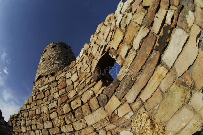 Zniekształcający widok wieża obserwacyjna w Grand Canyon parku narodowym spod spodu obrazy stock