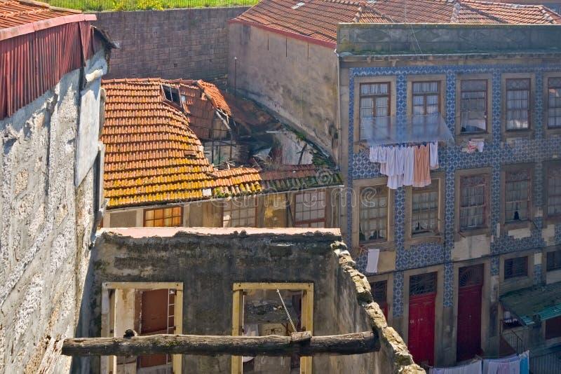 zniszczeni domy Porto Portugal zdjęcia stock