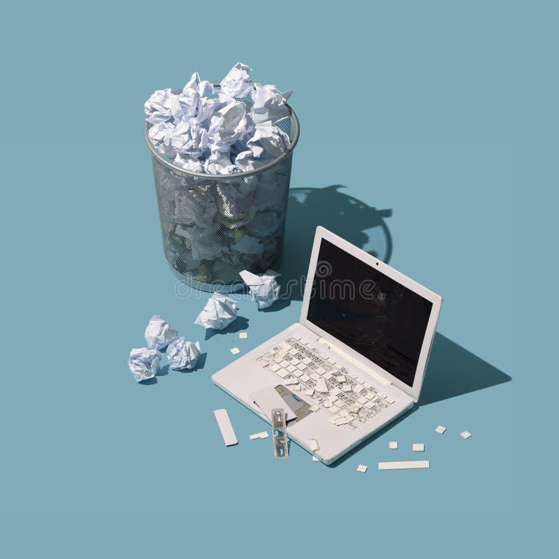 Zniszczony upa?kany biurowy biurko ilustracja wektor