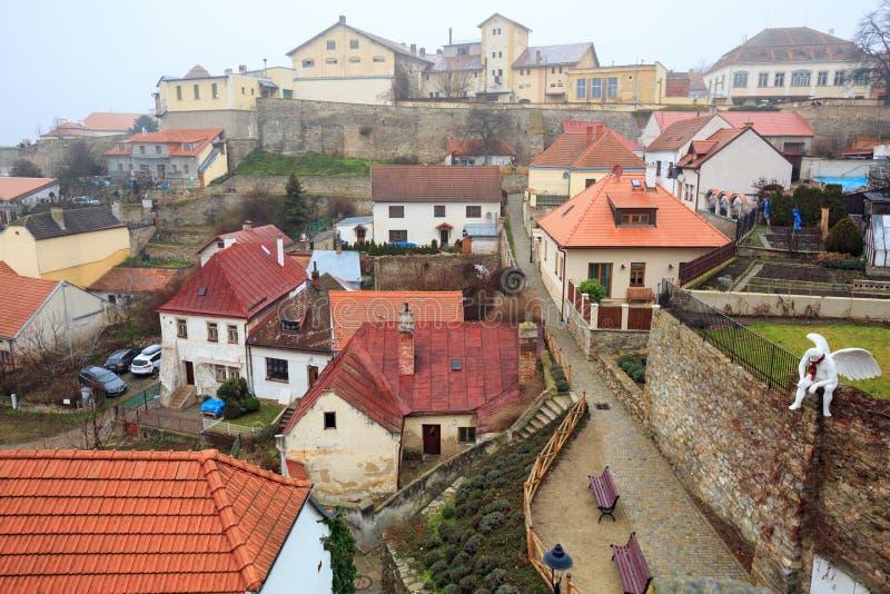 Znojmo,捷克,欧洲历史街市的鸟瞰图  免版税库存照片