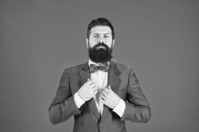Zo individueel aangezien u Zekere zakenman Formele Manier Manier Gebaarde mens hipster in jasje Bedrijfs succes royalty-vrije stock foto