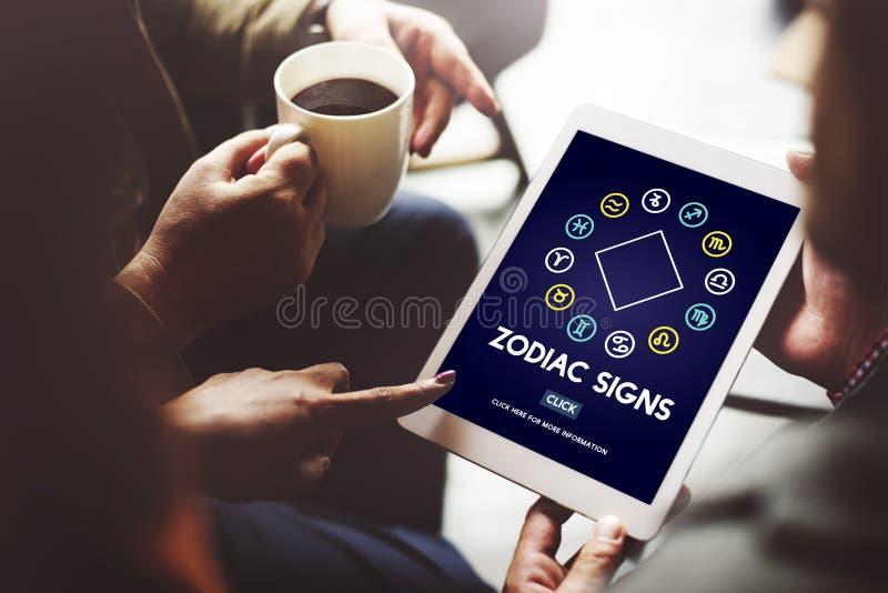 Zodiak undertecknar astrologiskt begrepp för förutsägelsehoroskop arkivfoton