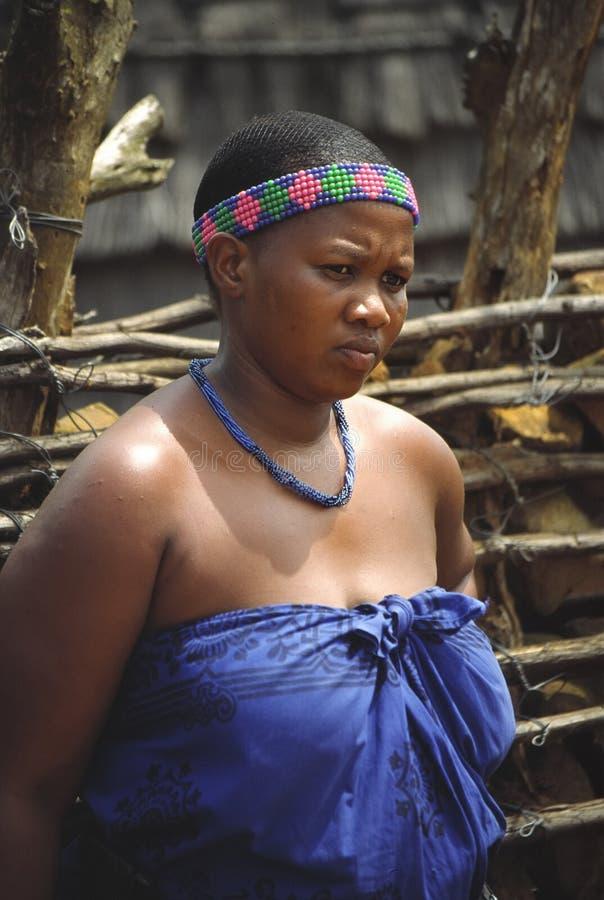 Zoeloes vrouw stock foto's