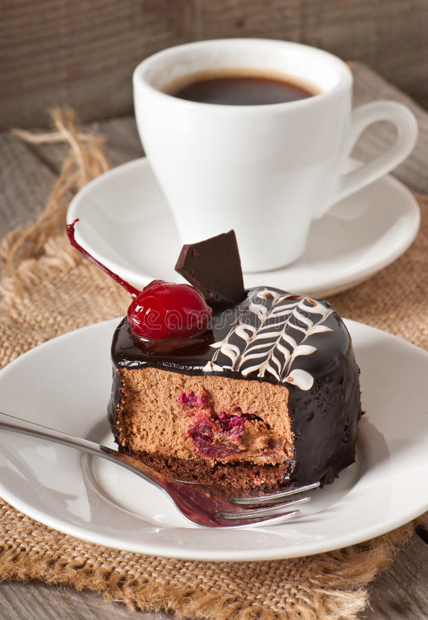 Zoet dessert en een kop van koffie royalty-vrije stock afbeelding