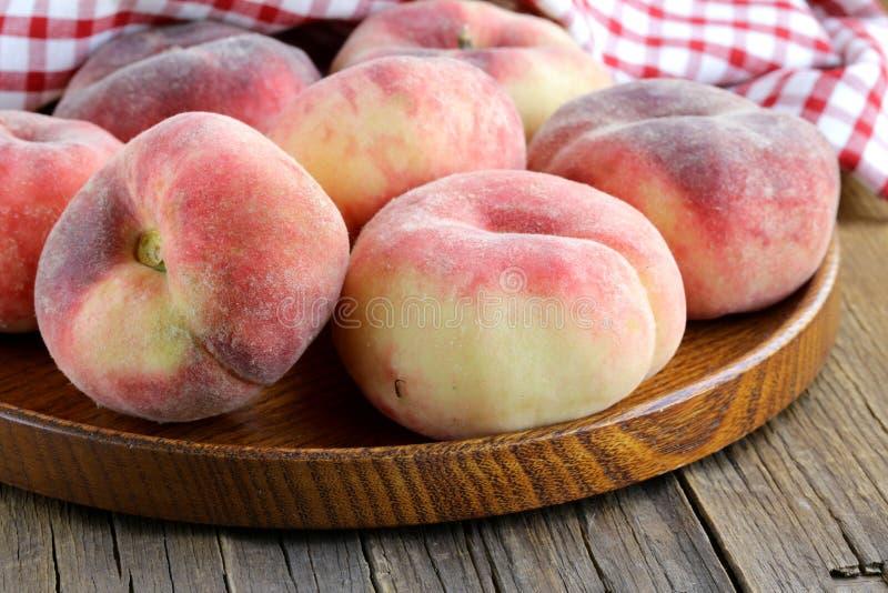 Zoet en rijpe fig.perziken royalty-vrije stock fotografie
