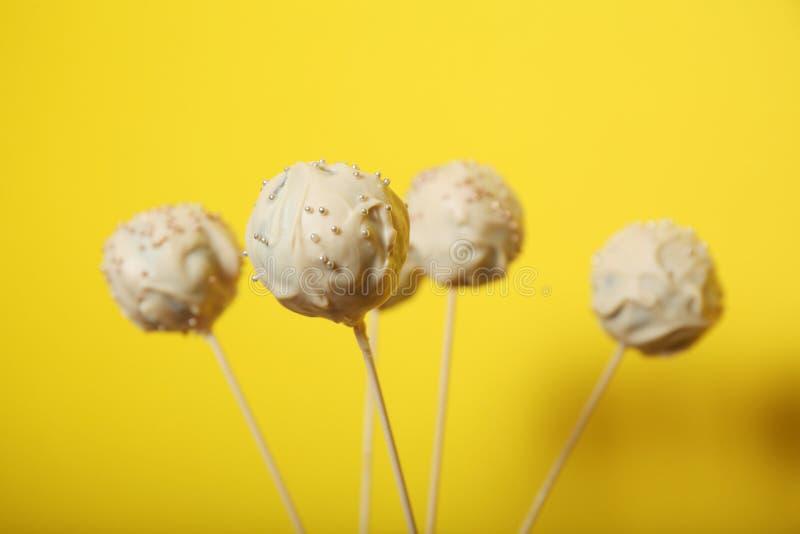 Zoet suikergoeddessert, pop cake stock afbeelding