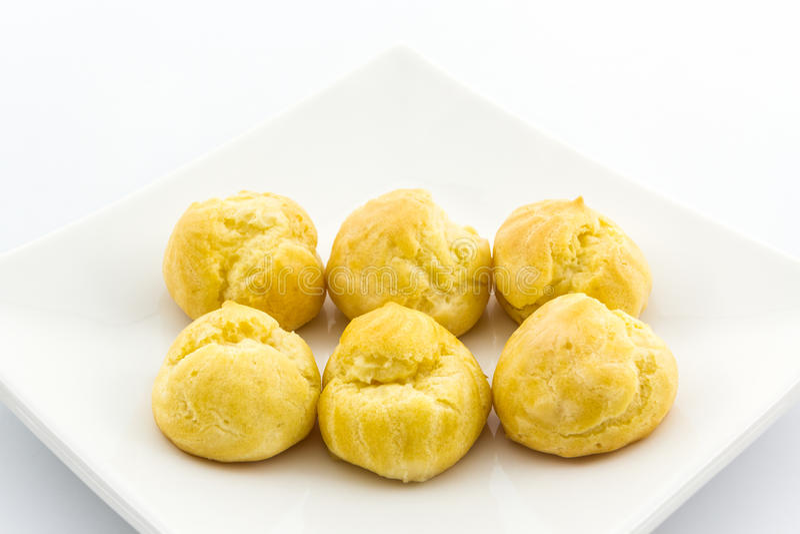Zoet Vers Mini Cream Puffs, Profiterole, Choux, Eclair, dessert stock afbeeldingen