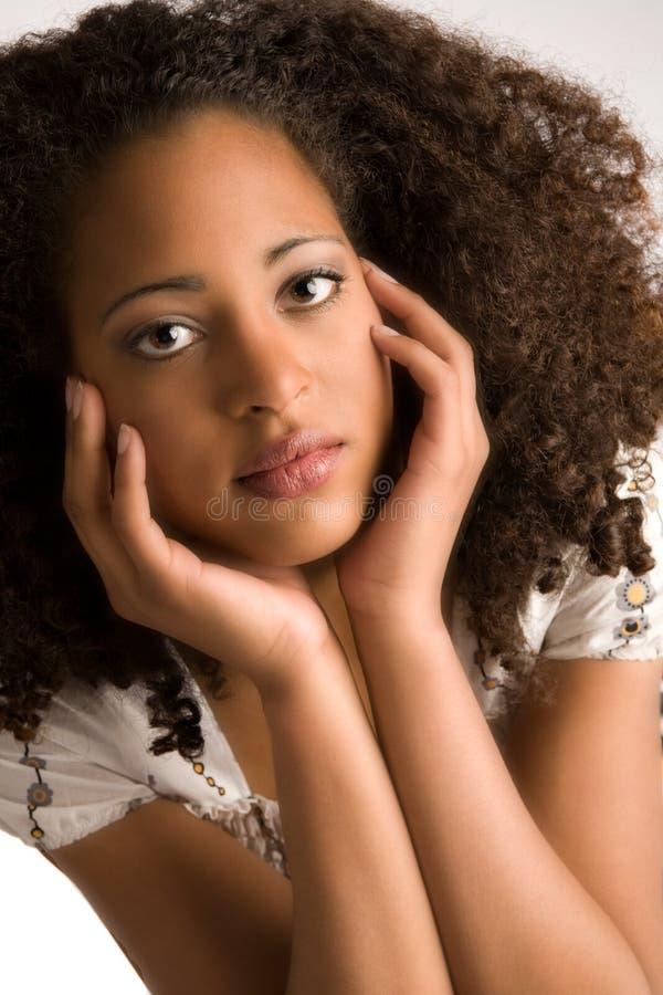 Zoete Afrikaanse vrouw royalty-vrije stock foto